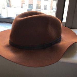 Felt brimmed hat